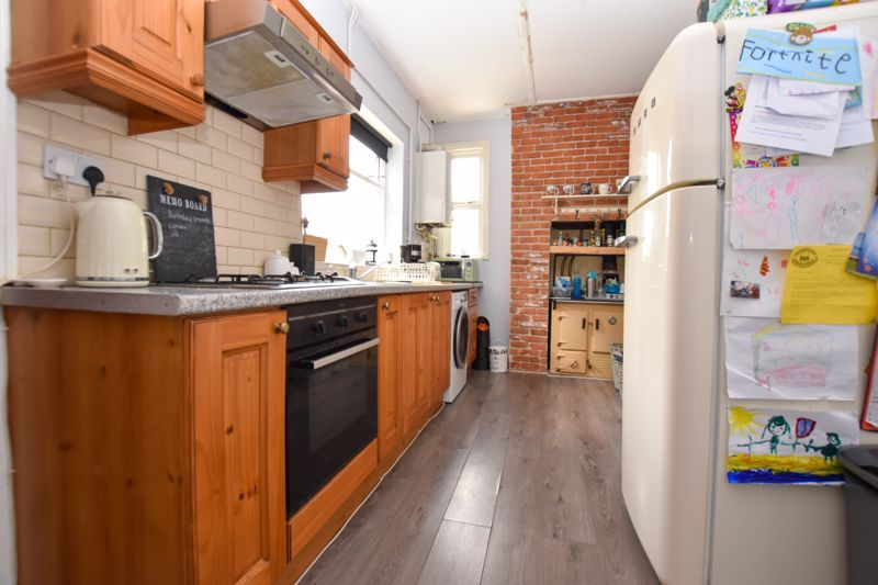 2 bed house to rent in Milcote Road 7
