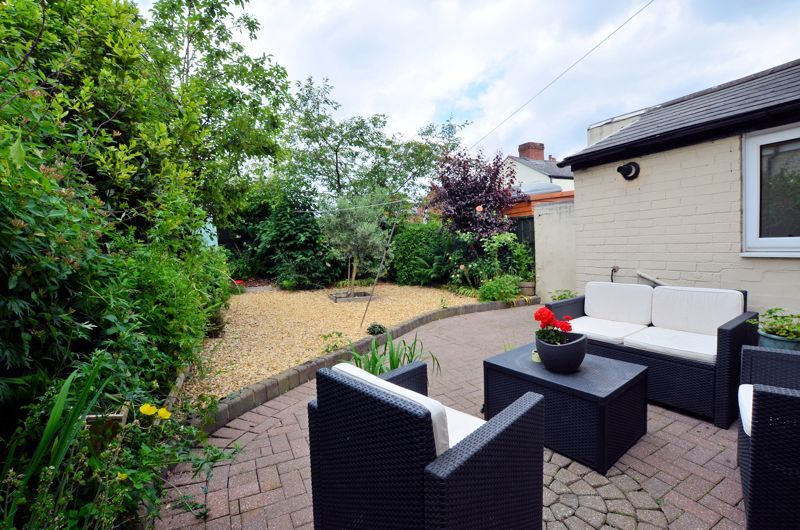 3 bed house for sale in Upper St. Marys Road 8