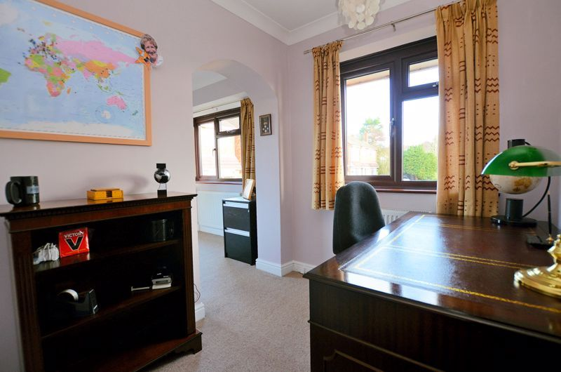 4 bed house for sale in Lavinia Road 23