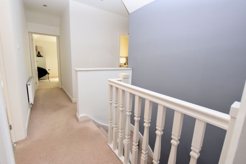 5 bed house for sale in Edenhall Road 11