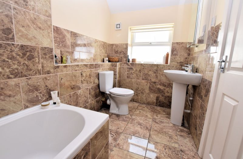 5 bed house for sale in Edenhall Road  - Property Image 19