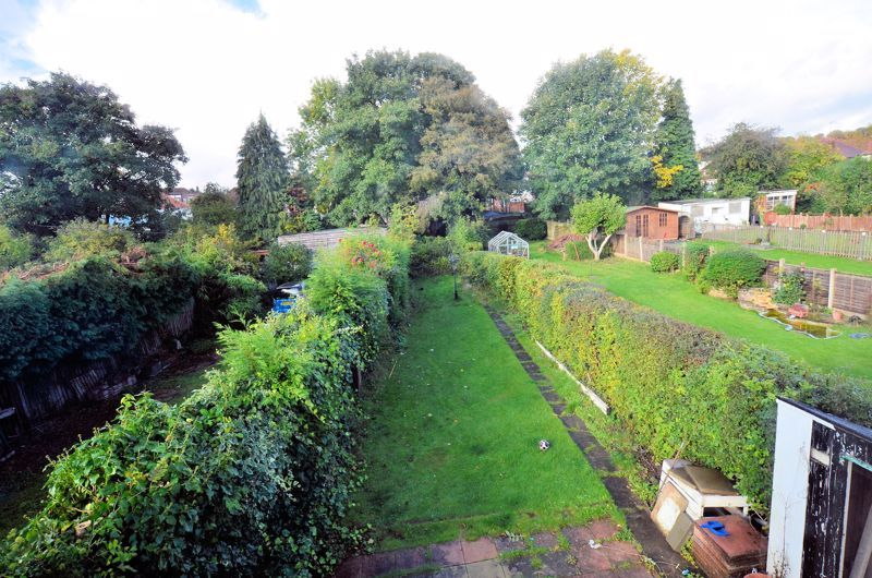 3 bed house for sale in Quinton Lane 12