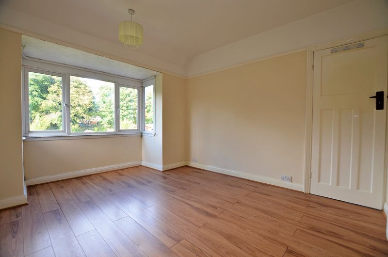 3 bed house for sale in Quinton Lane 6