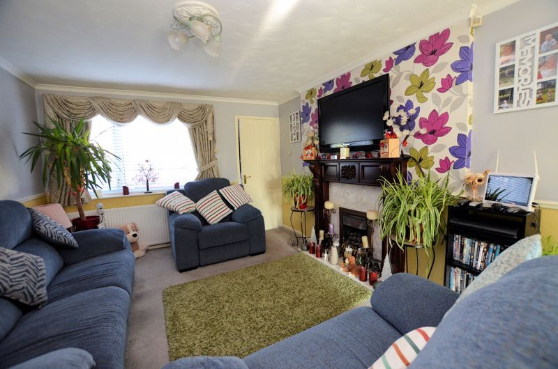 3 bed house for sale in Ridgacre Road 2