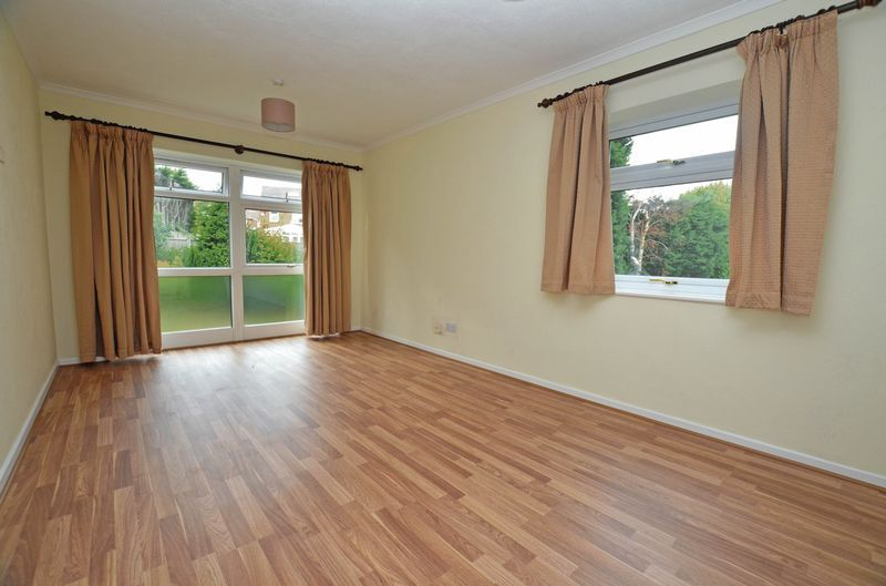 1 bed flat to rent in Leicester Close 11