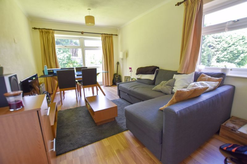 1 bed flat to rent in Leicester Close 4