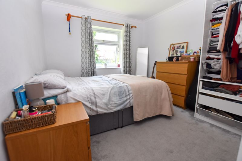 1 bed flat to rent in Leicester Close 7