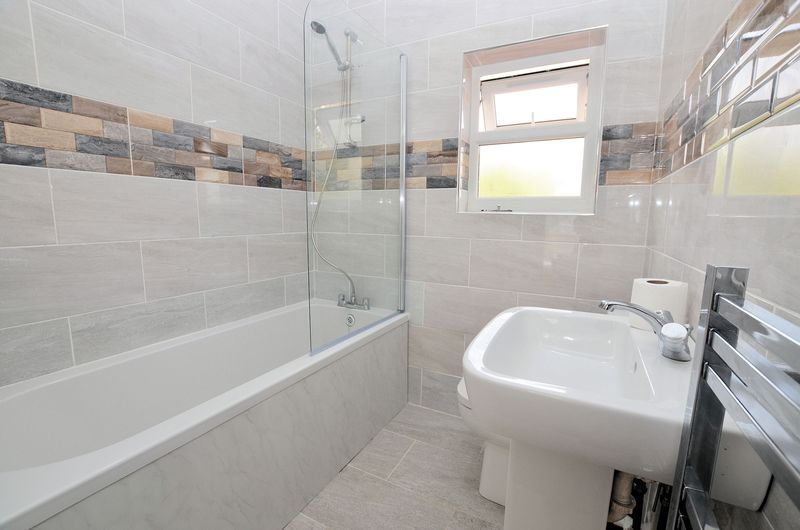 3 bed house for sale in Forest Road  - Property Image 6