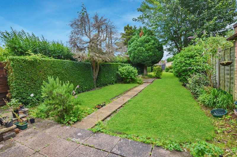 3 bed house for sale in Beech Avenue 16