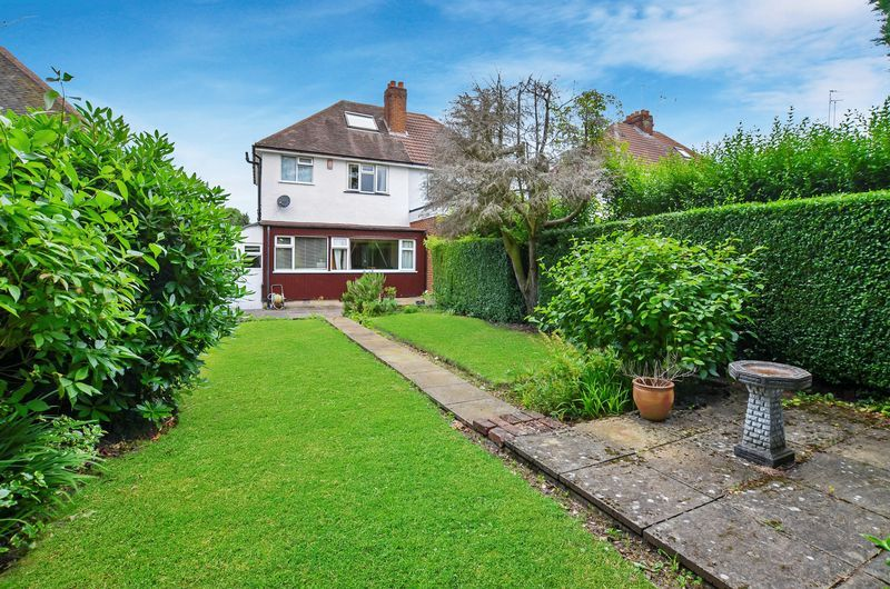 3 bed house for sale in Beech Avenue 18