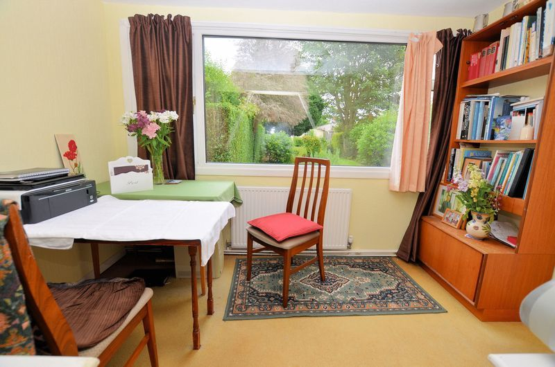 3 bed house for sale in Beech Avenue 6
