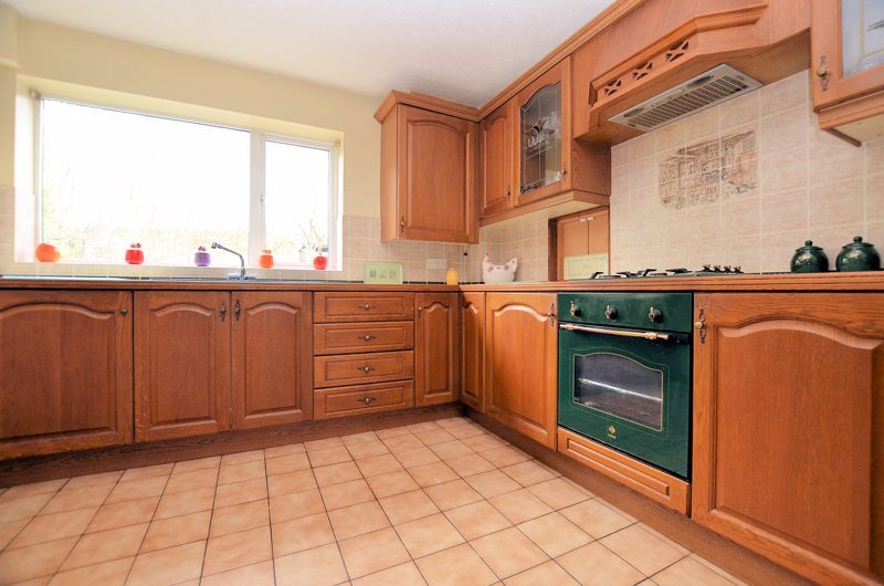 3 bed house for sale in Woodbury Road  - Property Image 11