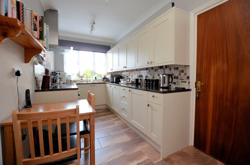 3 bed house for sale in Culmore Road  - Property Image 4