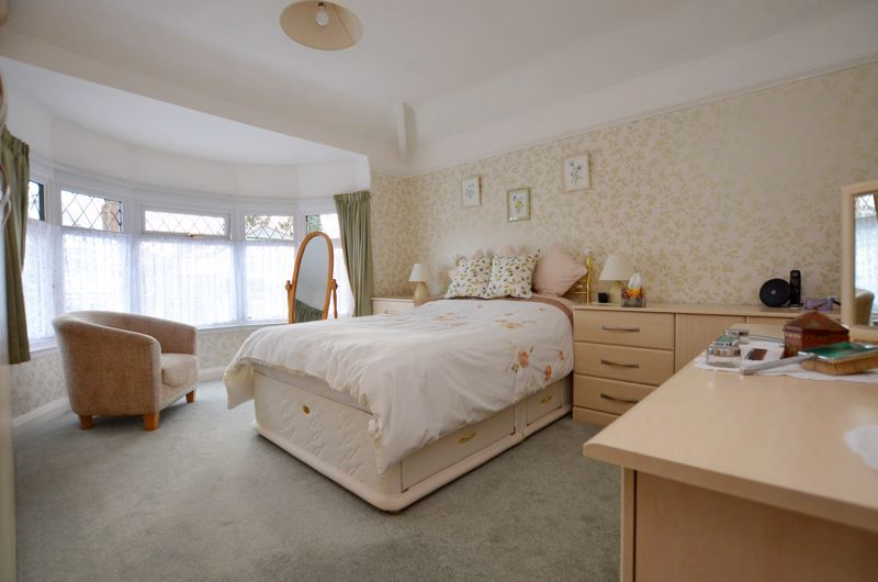 3 bed house for sale in Culmore Road 6
