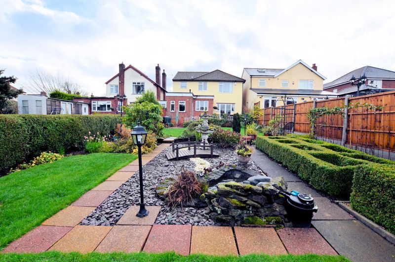3 bed house for sale in Culmore Road 9