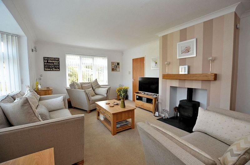 3 bed house for sale in Merrivale Road  - Property Image 2