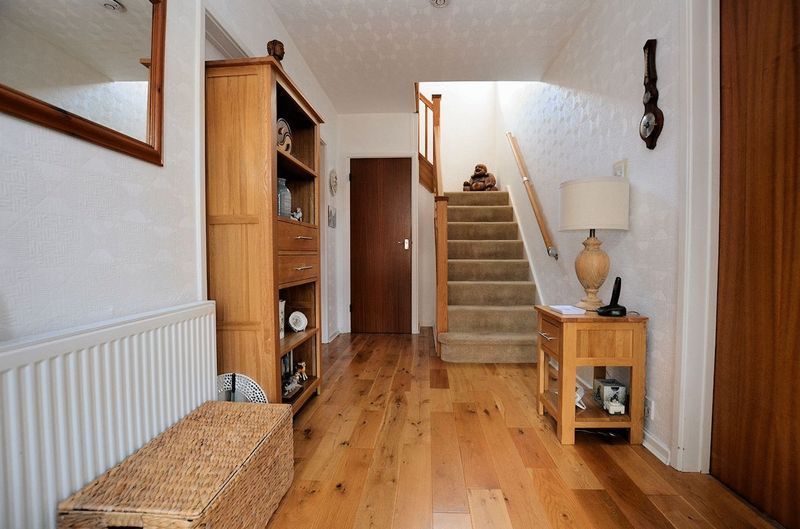 3 bed house for sale in Merrivale Road  - Property Image 5