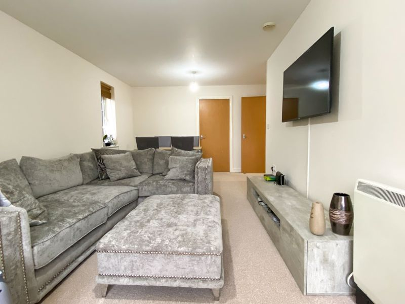 2 bed flat to rent in Union Place 3
