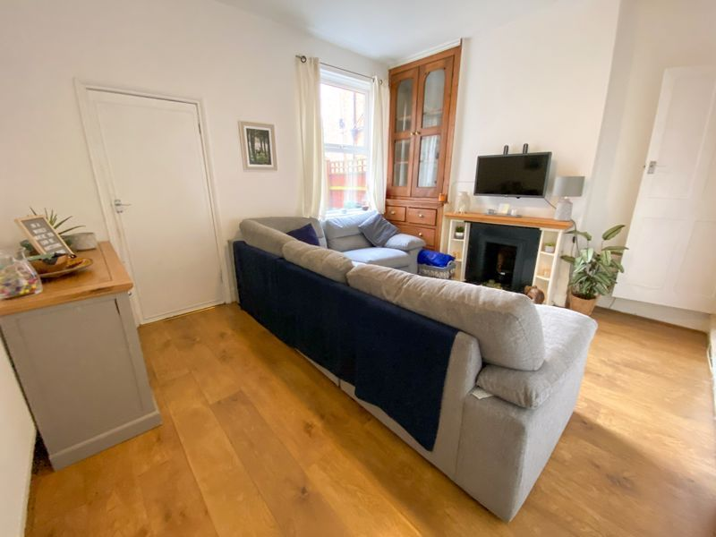 2 bed house to rent in Poplar Road 13