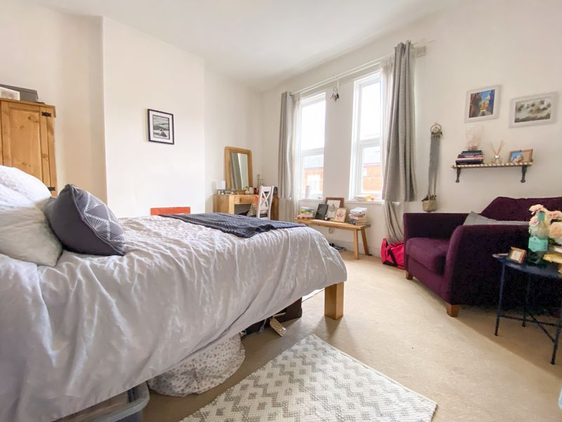 2 bed house to rent in Poplar Road 14