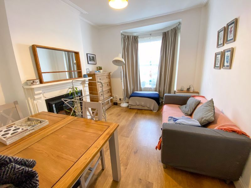 2 bed house to rent in Poplar Road 17