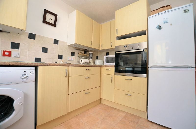 2 bed  for sale in Milton Court, Sandon Road 12