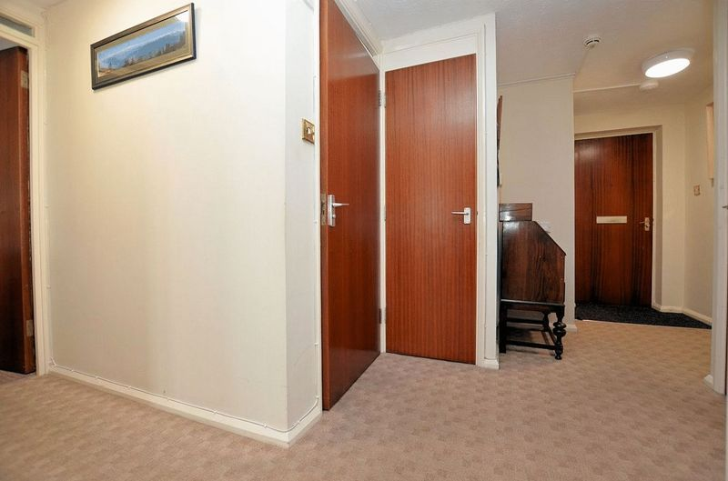 2 bed  for sale in Milton Court, Sandon Road 6