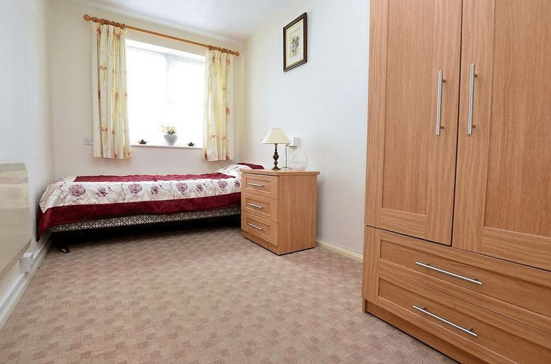 2 bed  for sale in Milton Court, Sandon Road 7