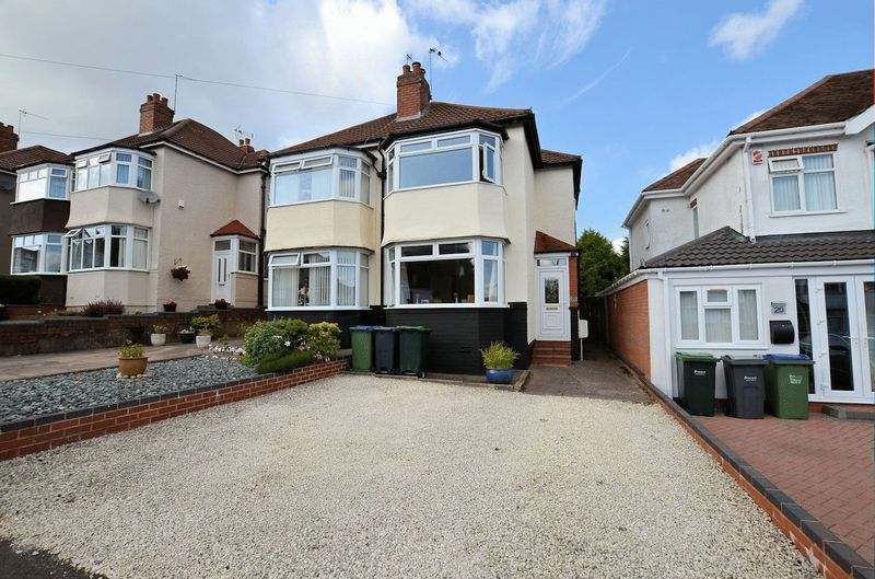 3 bed house for sale in Forest Road - Property Image 1