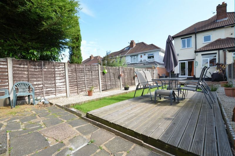 3 bed house for sale in Forest Road 11