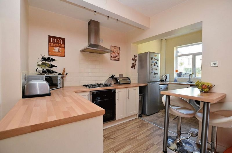 3 bed house for sale in Forest Road 3