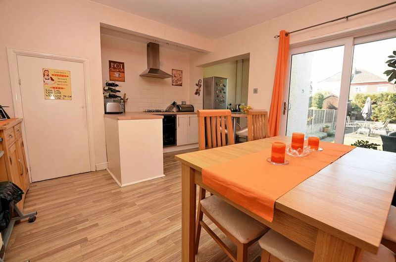 3 bed house for sale in Forest Road  - Property Image 10
