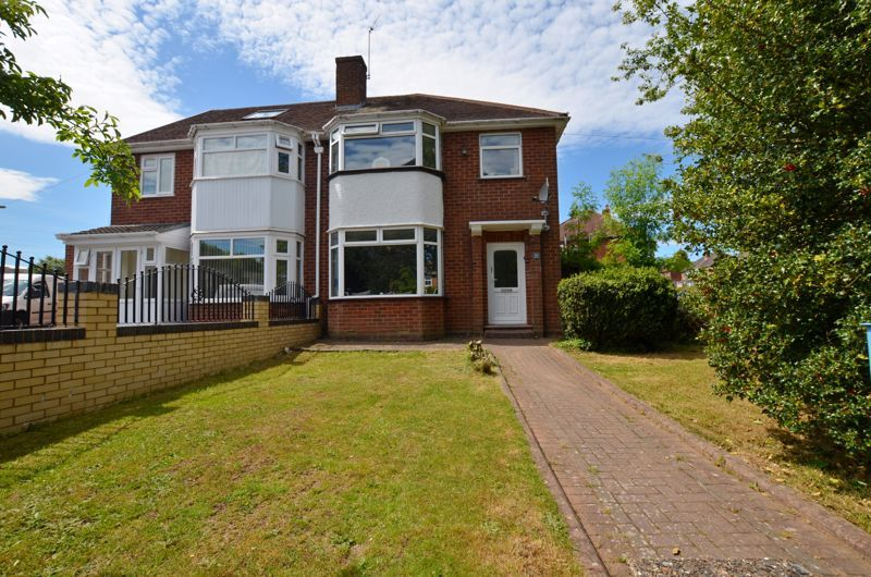 3 bed house for sale in Apsley Road 1