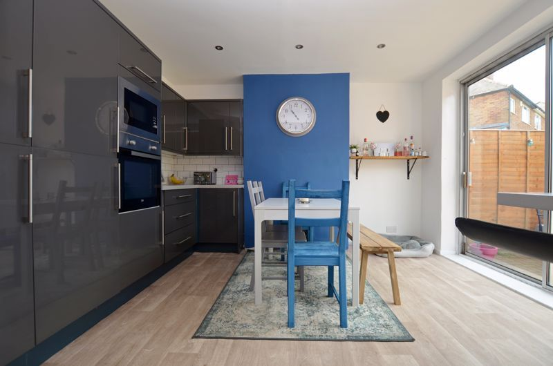 3 bed house for sale in Apsley Road 3