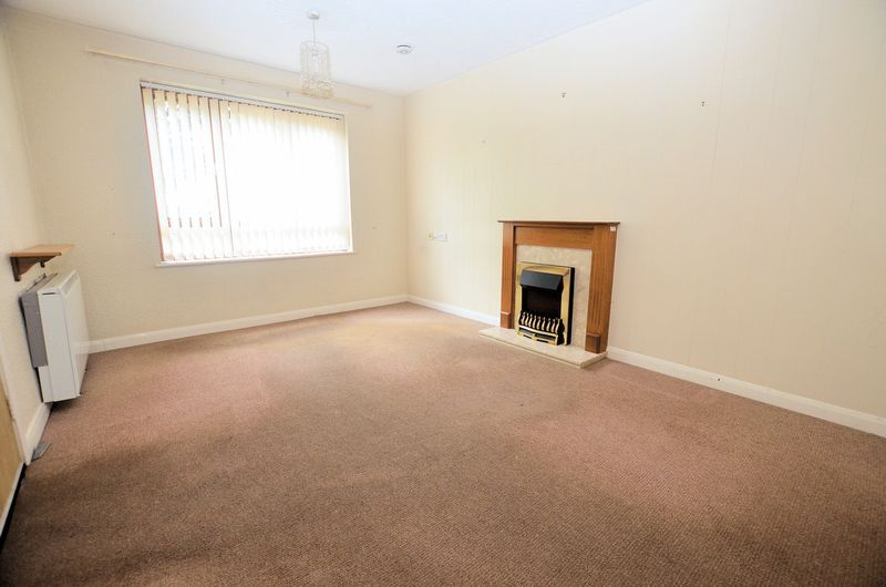 1 bed flat for sale in Hagley Road West  - Property Image 3