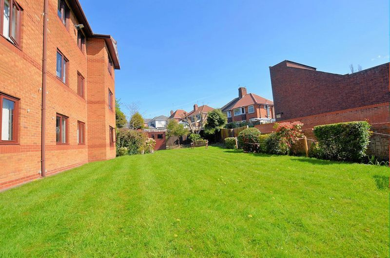 1 bed flat for sale in Hagley Road West 10
