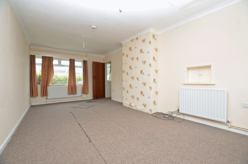 3 bed house to rent in Merritts Hill 4