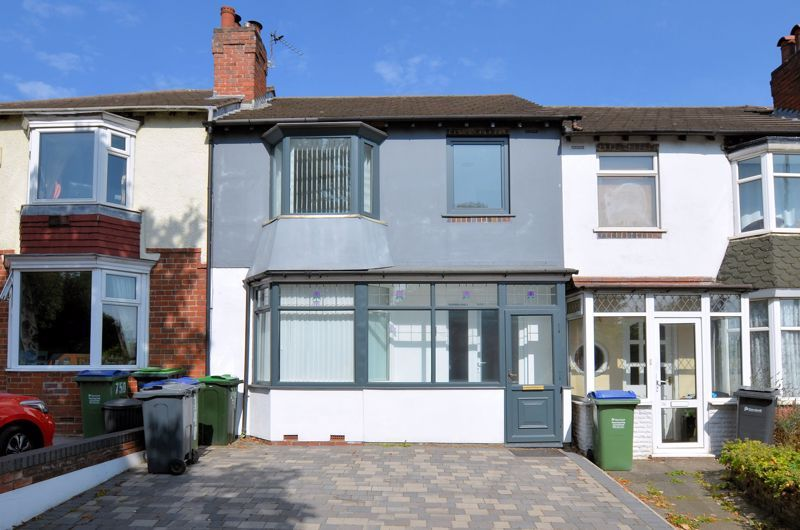 3 bed house for sale in Hagley Road West 1