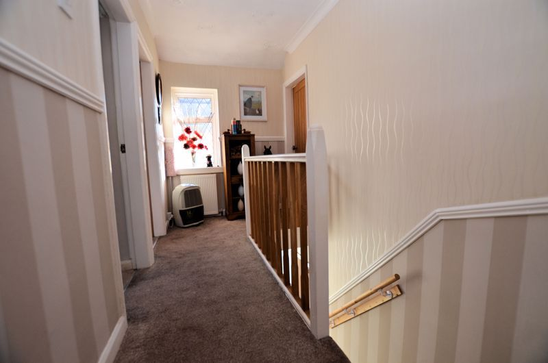 3 bed house for sale in Thimblemill Road 13