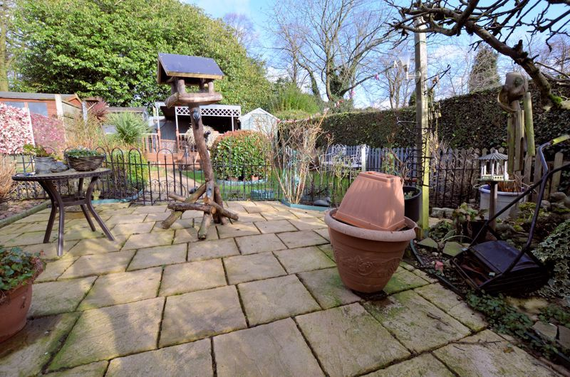 3 bed house for sale in Thimblemill Road 18