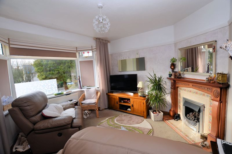 3 bed house for sale in Thimblemill Road  - Property Image 3
