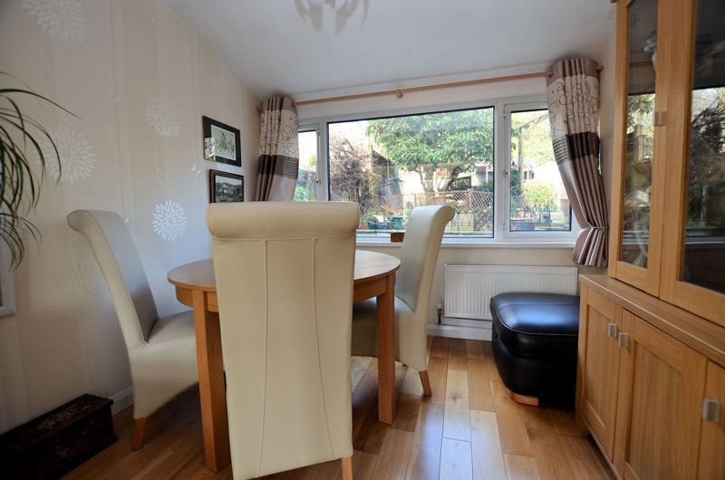 3 bed house for sale in Thimblemill Road 5