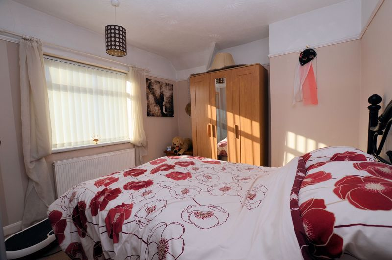 3 bed house for sale in Thimblemill Road 7