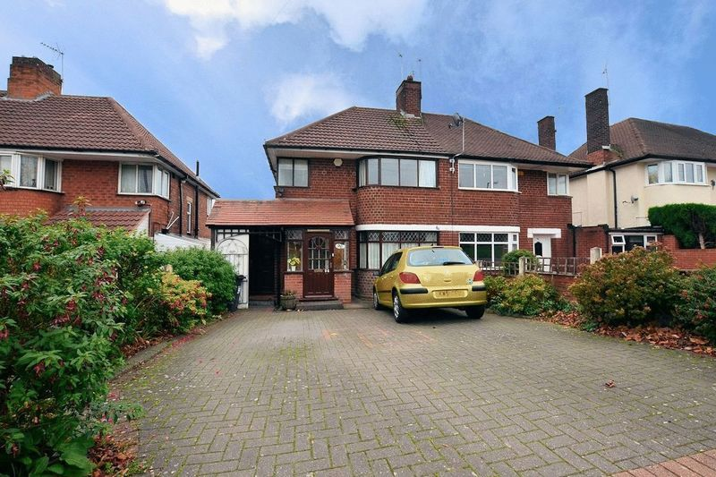 3 bed house to rent in Ridgacre Road, B32