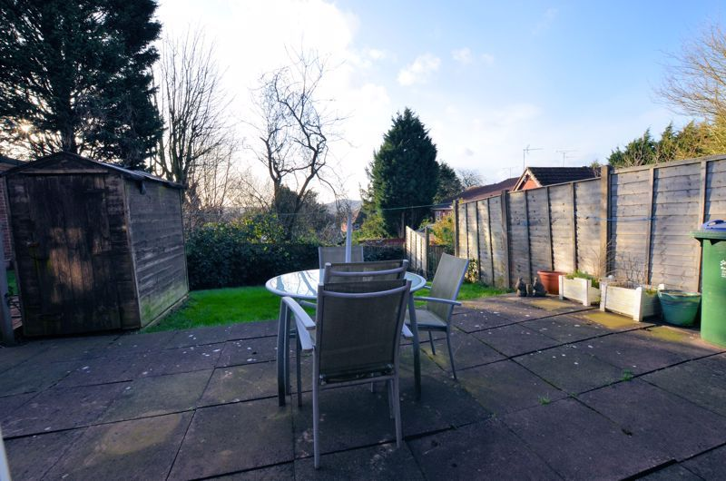 3 bed house for sale in Garratt Close 8