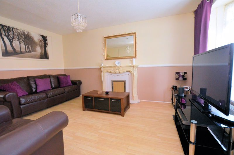 3 bed house for sale in Garratt Close 9