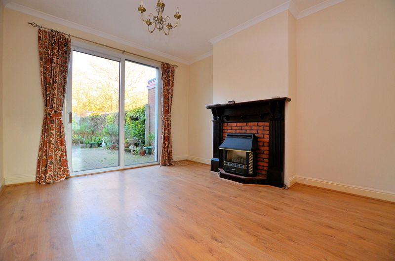 3 bed house for sale in Clive Road 3