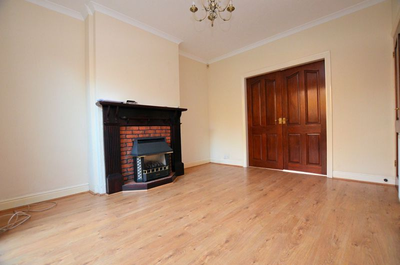 3 bed house for sale in Clive Road  - Property Image 8