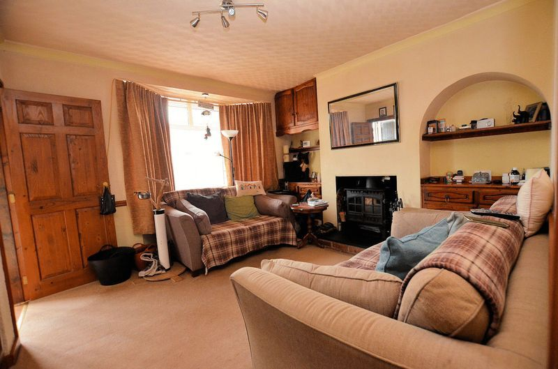3 bed house for sale in Bodenham Road 2