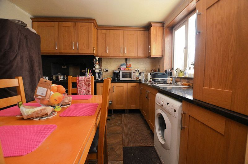 3 bed house for sale in Bodenham Road 3